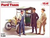 Команда Форда с Model T 1913 Roadster