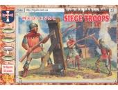 Средневековые солдаты во время осады