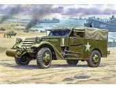 Американский бронетранспортёр M3 Scout Car с тентом